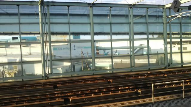 スペースワールド駅ホームからみる光景