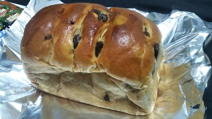 自分ツッコミくまに登場する手作りパンリバティのブドウパン
