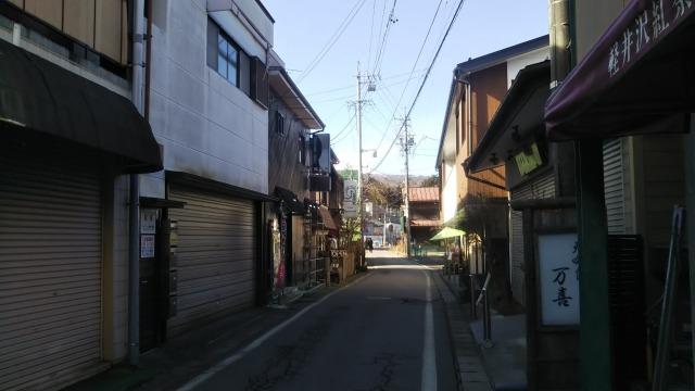 旧軽井沢銀座ストリートの横道