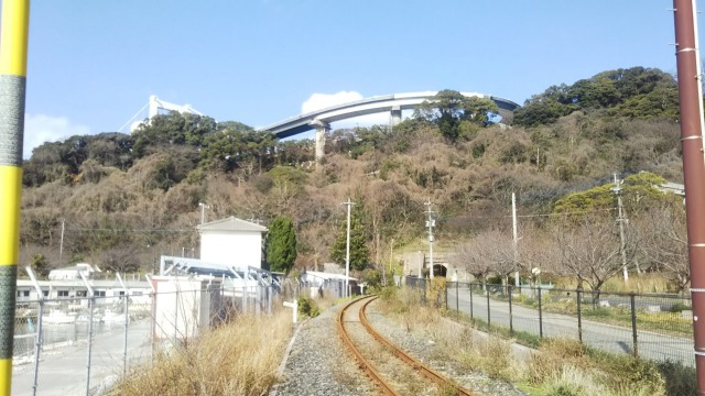 関門トンネルから門司港への道