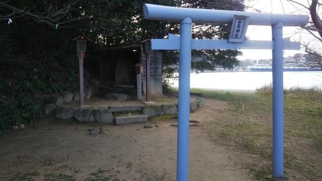 巌流島の舟島神社