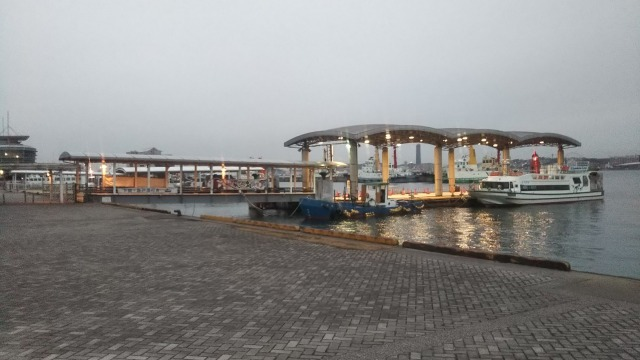 門司港のフェリー乗り場