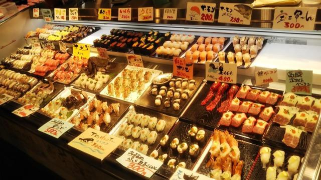 唐戸市場のお寿司販売