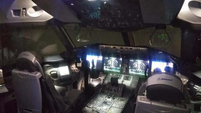 Flight of DreamsのZA001 Flight Deck ZA001コックピット