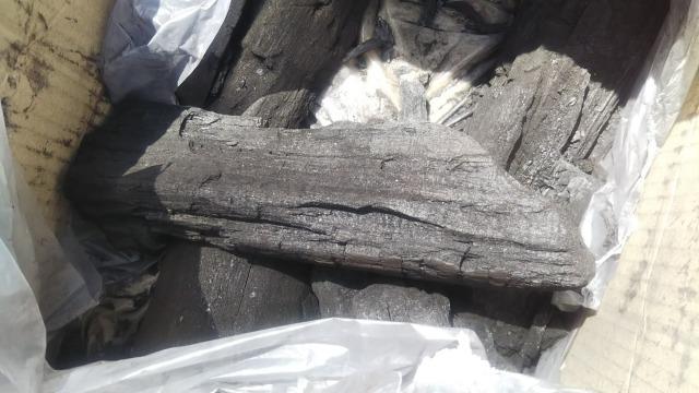 おおぐて湖キャンプ場のしらさぎ荘のキャンプでつかった炭