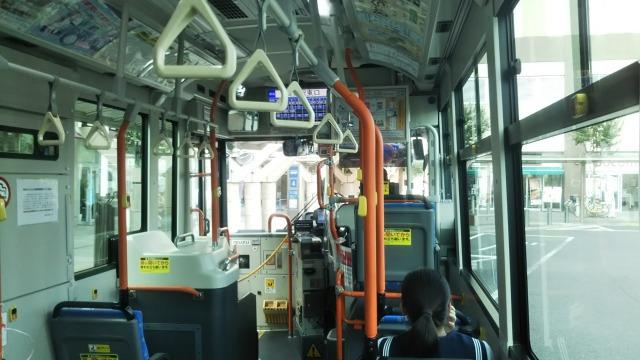 埼玉県警察運転免許センター行きバス